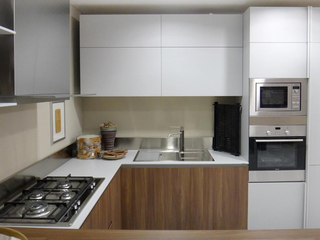 Cucina ernestomeda emetrica scontato del 35 cucine a - Cappellini cucine prezzi ...