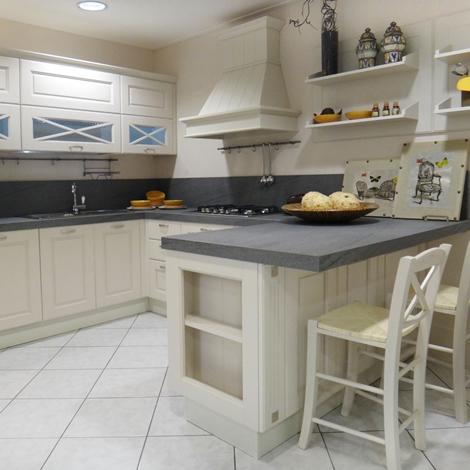 Cucina lube cucine agnese classica legno bianca cucine a - Cucina lube classica ...