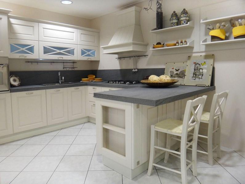 Cucina lube cucine agnese classica legno bianca - Cucina lube agnese ...