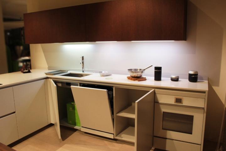 Cucina con penisola hd23 rb rossana scontata del 50%   cucine a ...