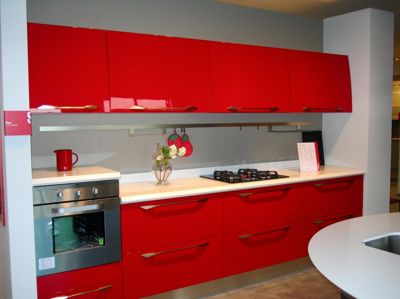 Scavolin flux grande sconto cucine a prezzi scontati - Cucina rossa scavolini ...