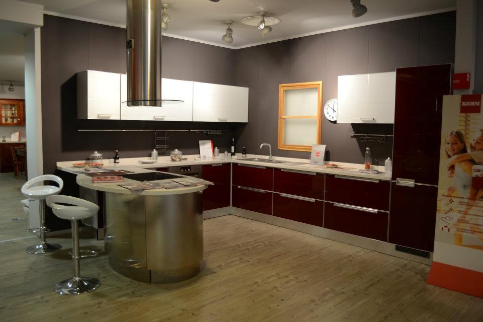 Scavolini cucina crystal con penisola scontata del 50 - Cucine con isola scavolini prezzi ...