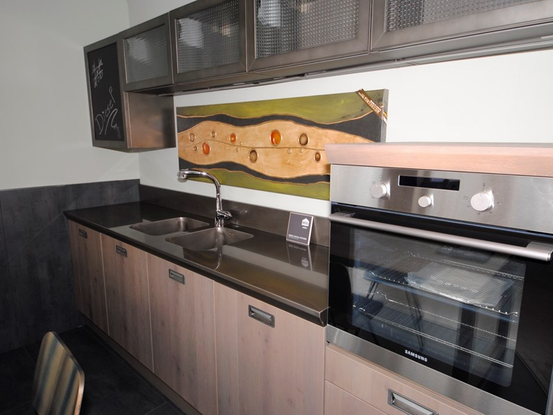 Scavolini cucina diesel stile industriale con acciaio drip metal - Cucine scavolini diesel ...