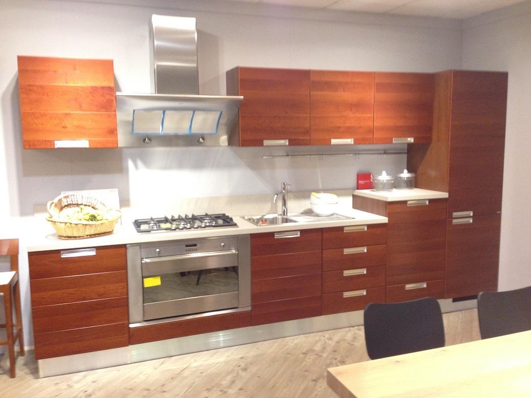 Scavolini cucina modello Home noce scontata del 50% - Cucine a prezzi scontati