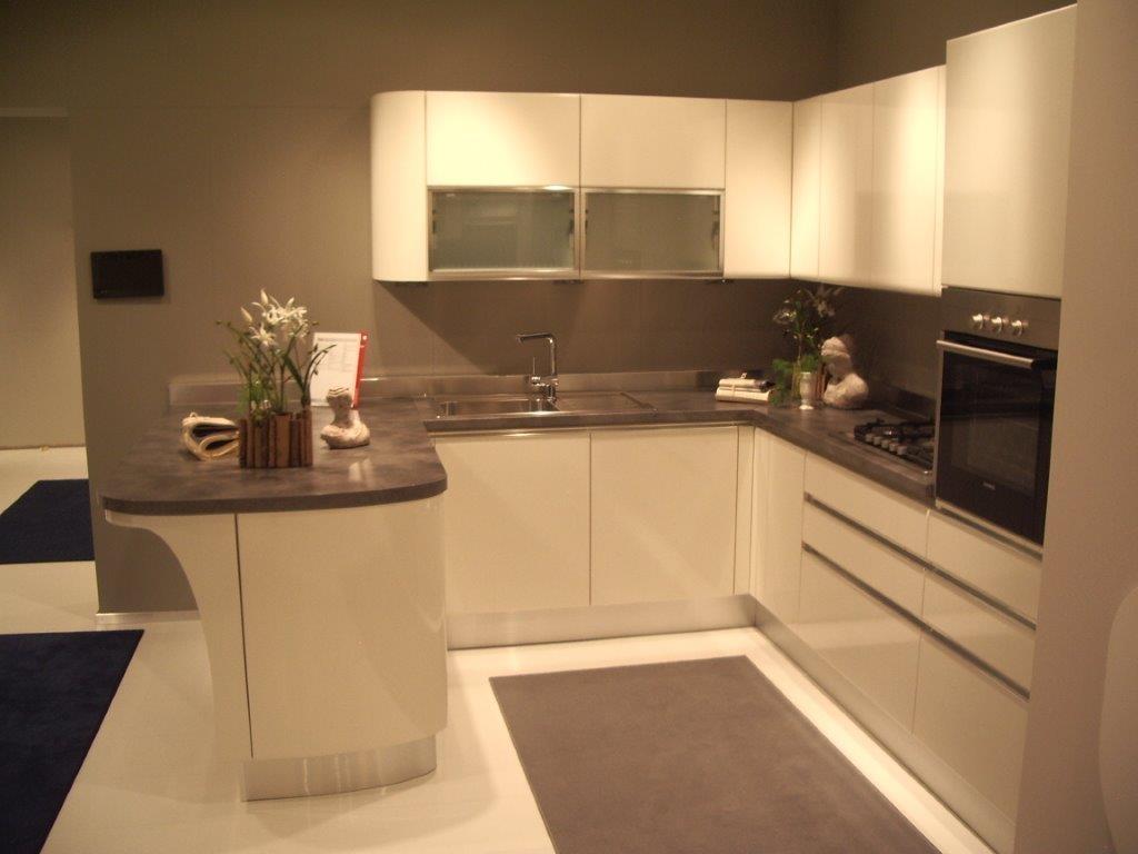 Cucine Moderne Con Penisola Vendita Cucine Usate Tappeti Cucina  #C68805 1024 768 Veneta Cucine A Biella