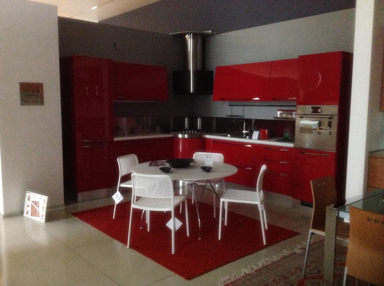 Scavolini flux rossa giugiaro cucine a prezzi scontati - Cucina moderna rossa ...