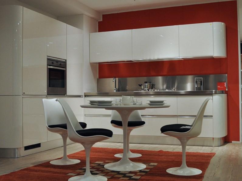 Cucina ad angolo scavolini tess cucine a prezzi scontati - Cucine di esposizione outlet ...