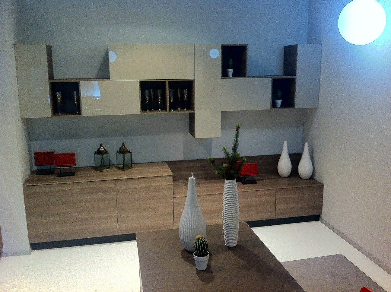 Outlet mobili salerno emejing mobili etnici palermo for Elenco outlet arredamento