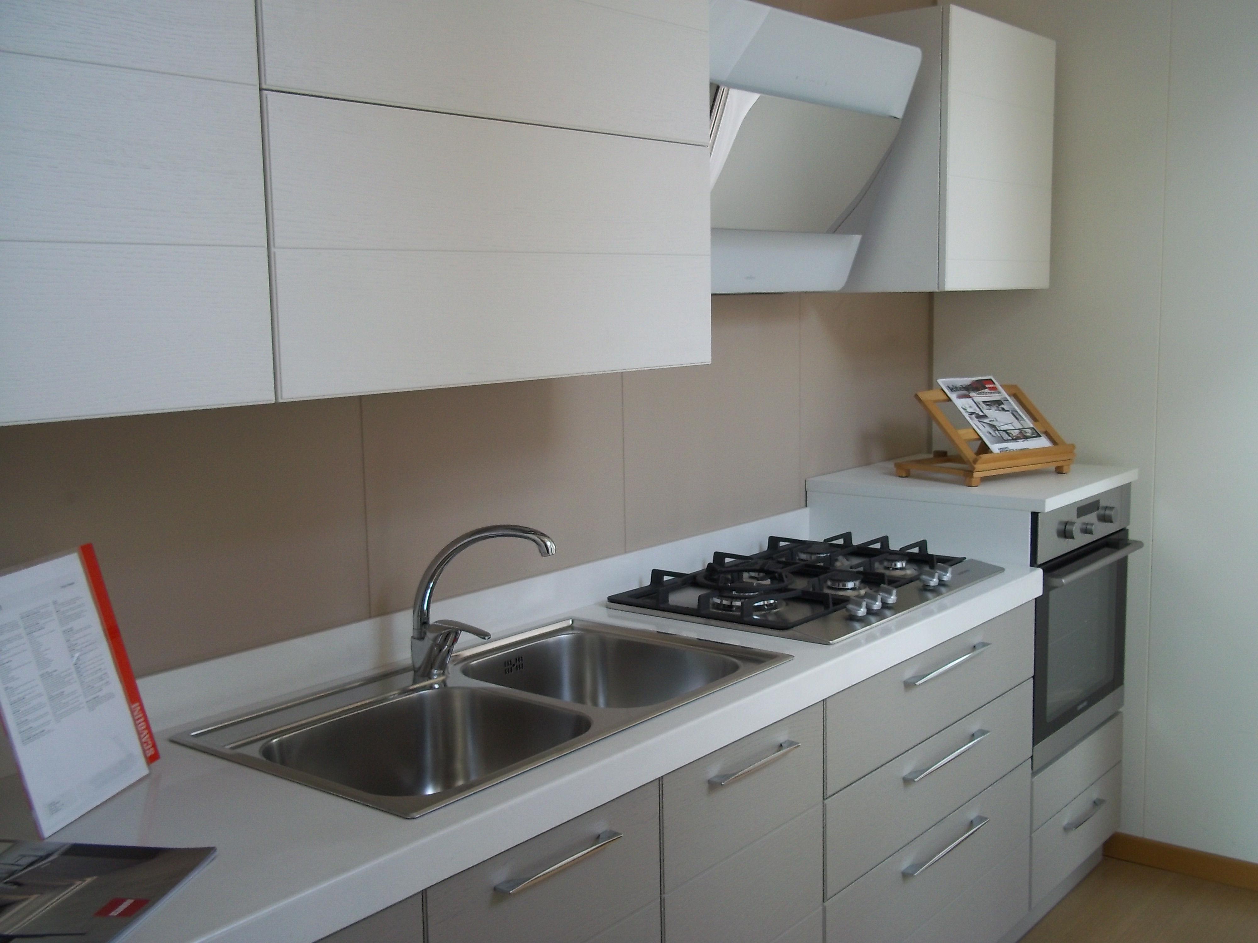 Scavolini open legno cucine a prezzi scontati - Cucina scavolini open prezzi ...