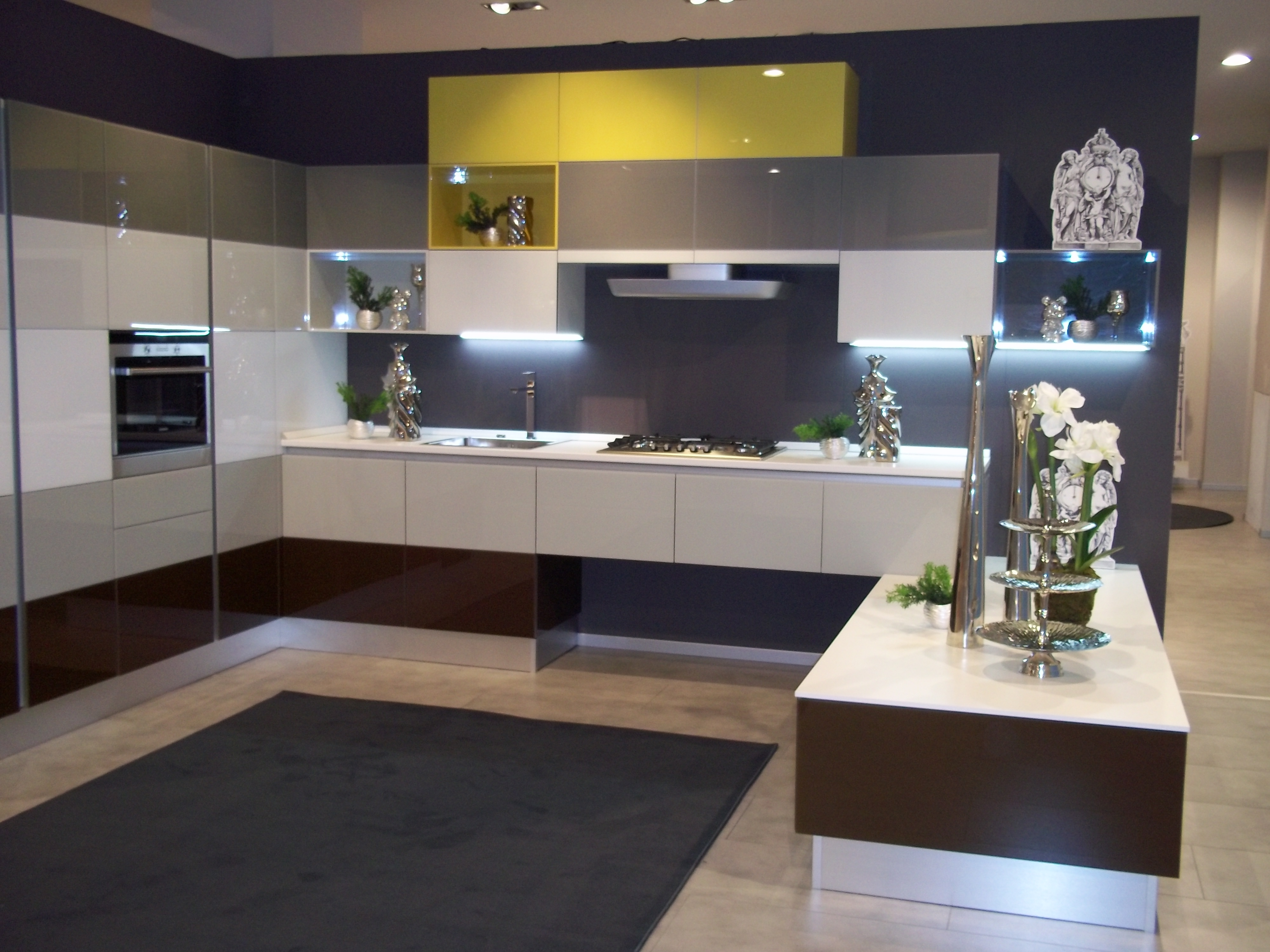 Scavolini Tetrix By Young