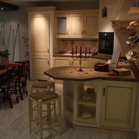 Sconti cucine scavolini cucine a prezzi scontati for Outlet arredamento puglia