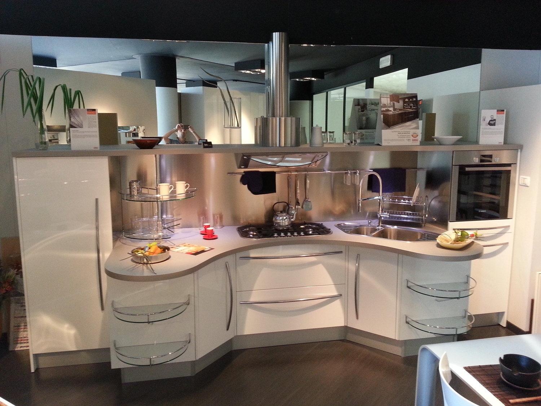 Cucina snaidero bianco lucido skyline scontato del 45 for Snaidero cucine