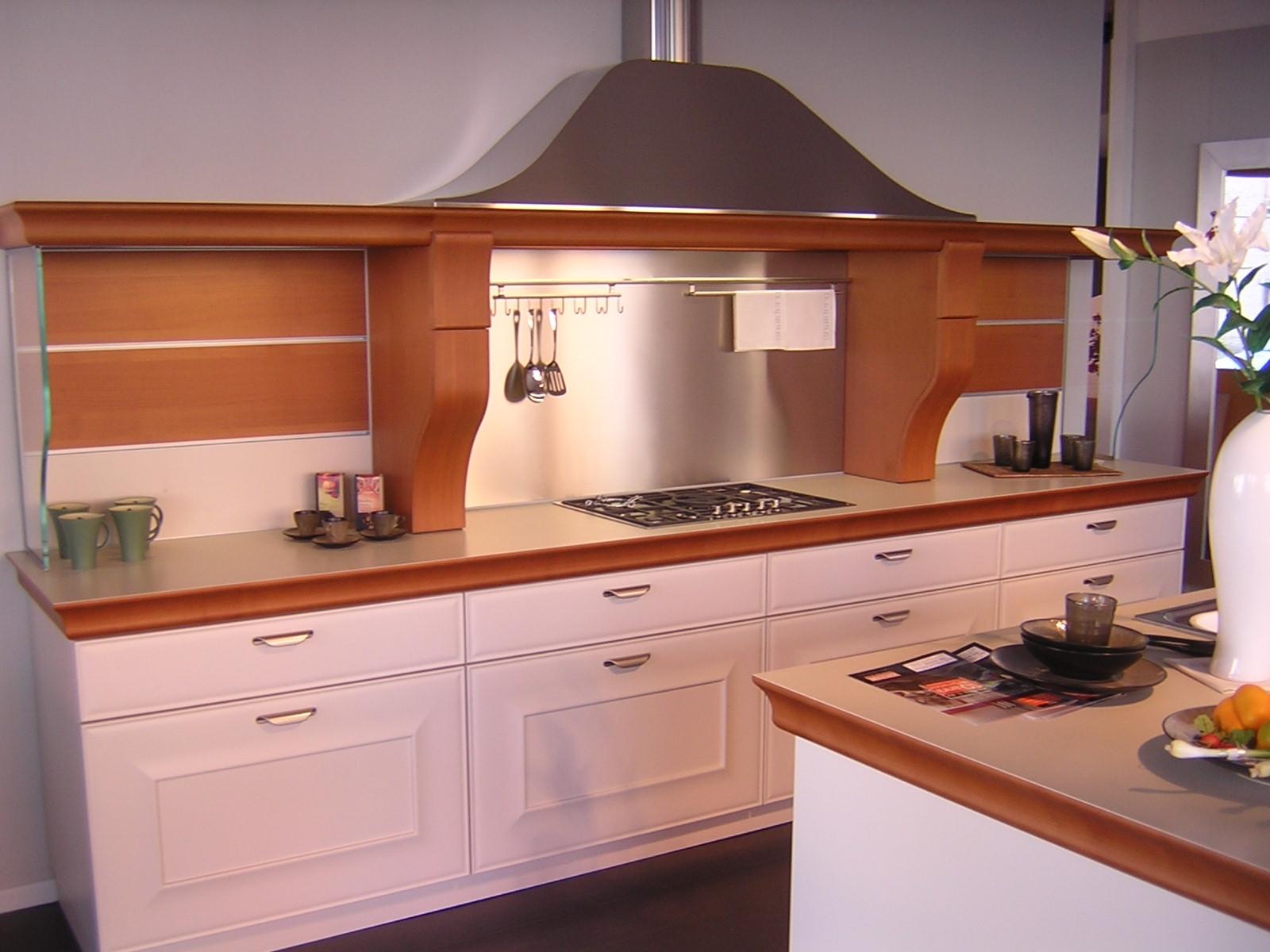 Snaidero cucina gioconda laccopacoate cucine a prezzi - Cucine componibili bianche ...