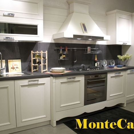 Stosa cucine cucina montecarlo lunghezza cm 430 scontato - Lunghezza cucina ...