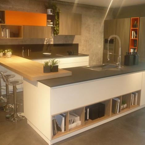 Stosa cucine cucina replay con isola scontato del 65 for Cucina a concetto aperta con isola