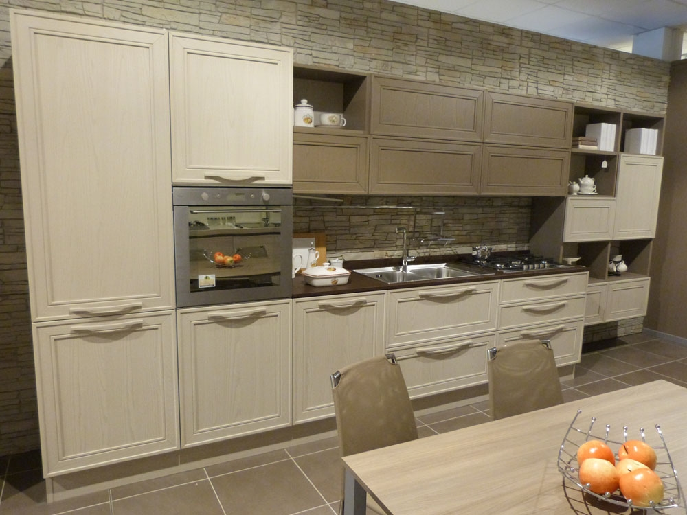 Svendita cucina modello elegante in legno frassino - Veneta cucine gretha ...