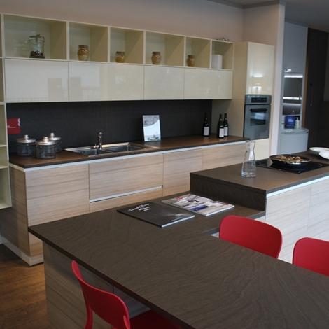 Svendita cucine trento 9049 cucine a prezzi scontati for Outlet cucine trento