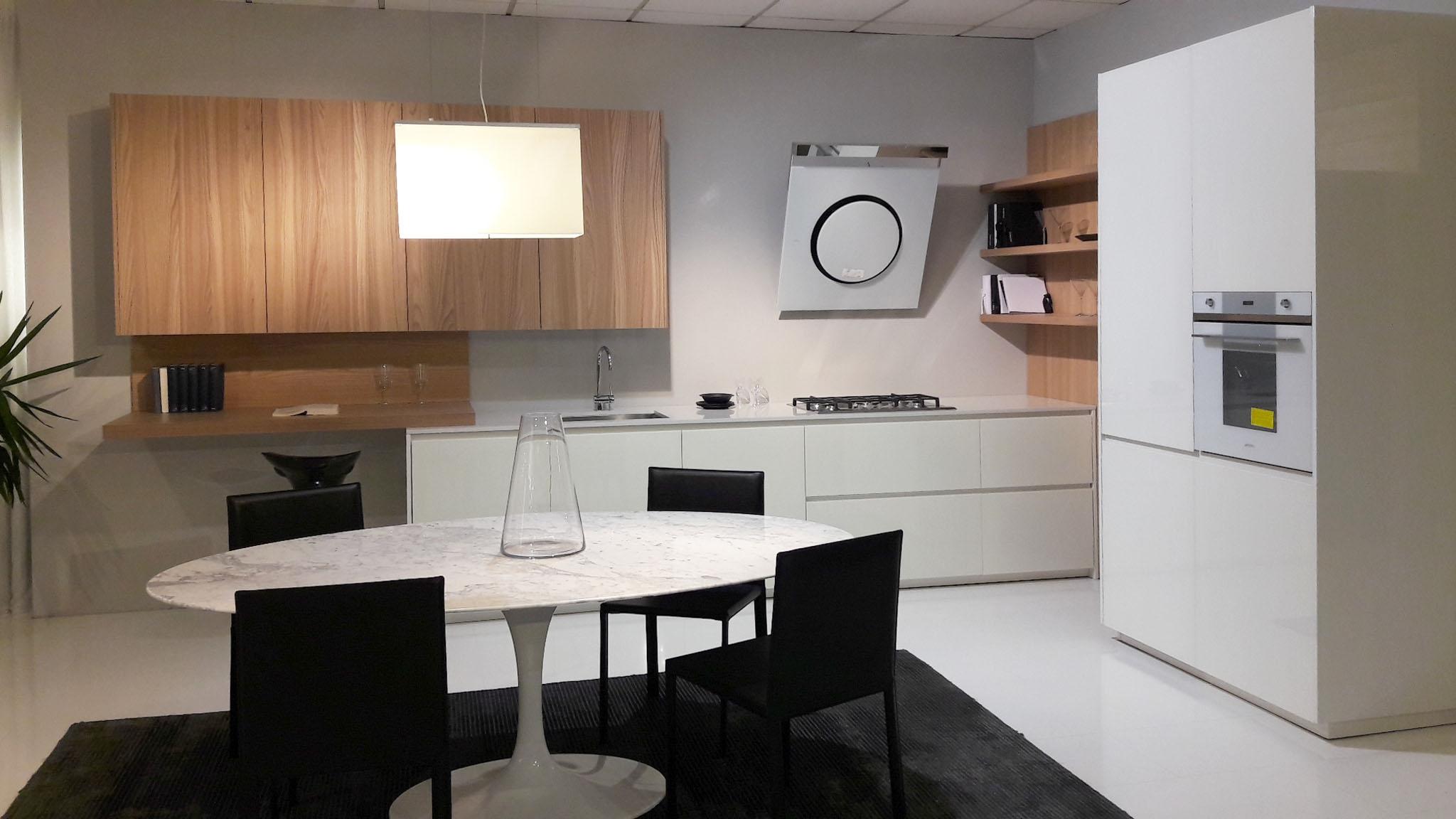 Ti aspettiamo in fiera padova 13 21 05 per design outlet for Cucine design outlet