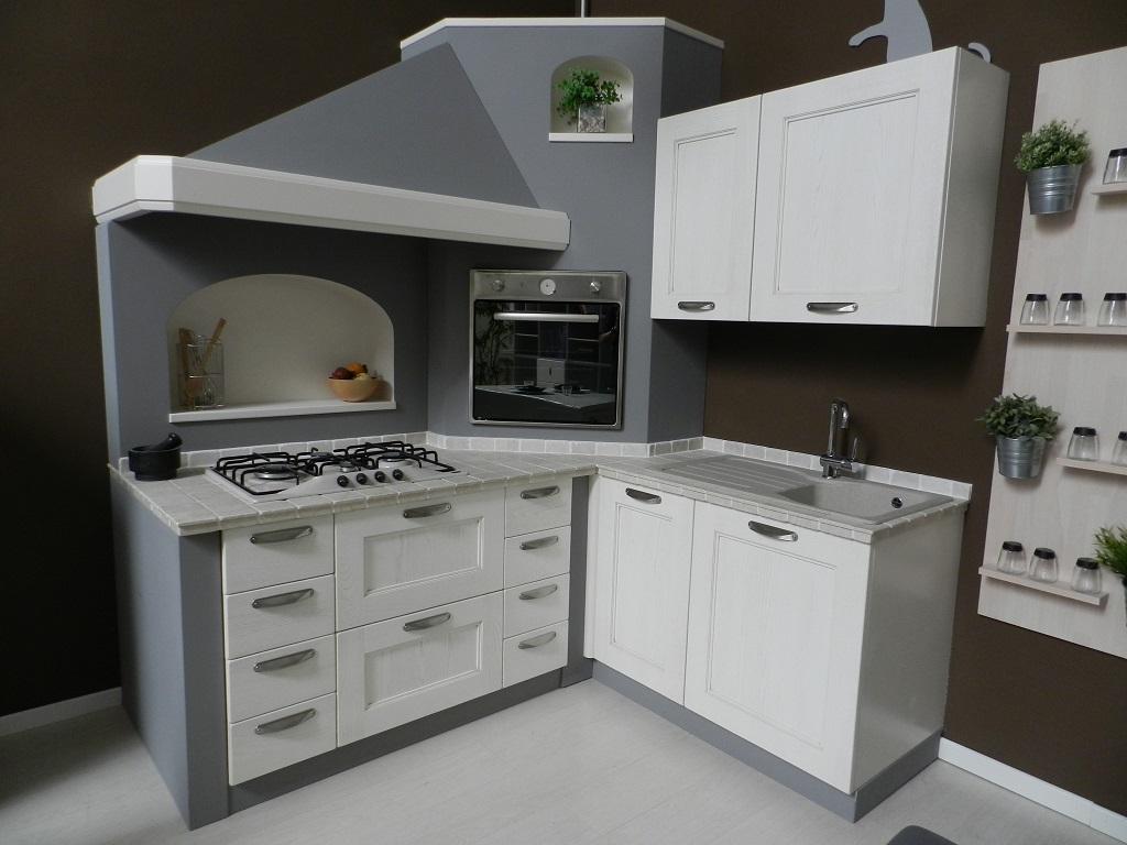 Cucina tre o isabel classica legno bianca cucine a - Cucina bianca legno ...