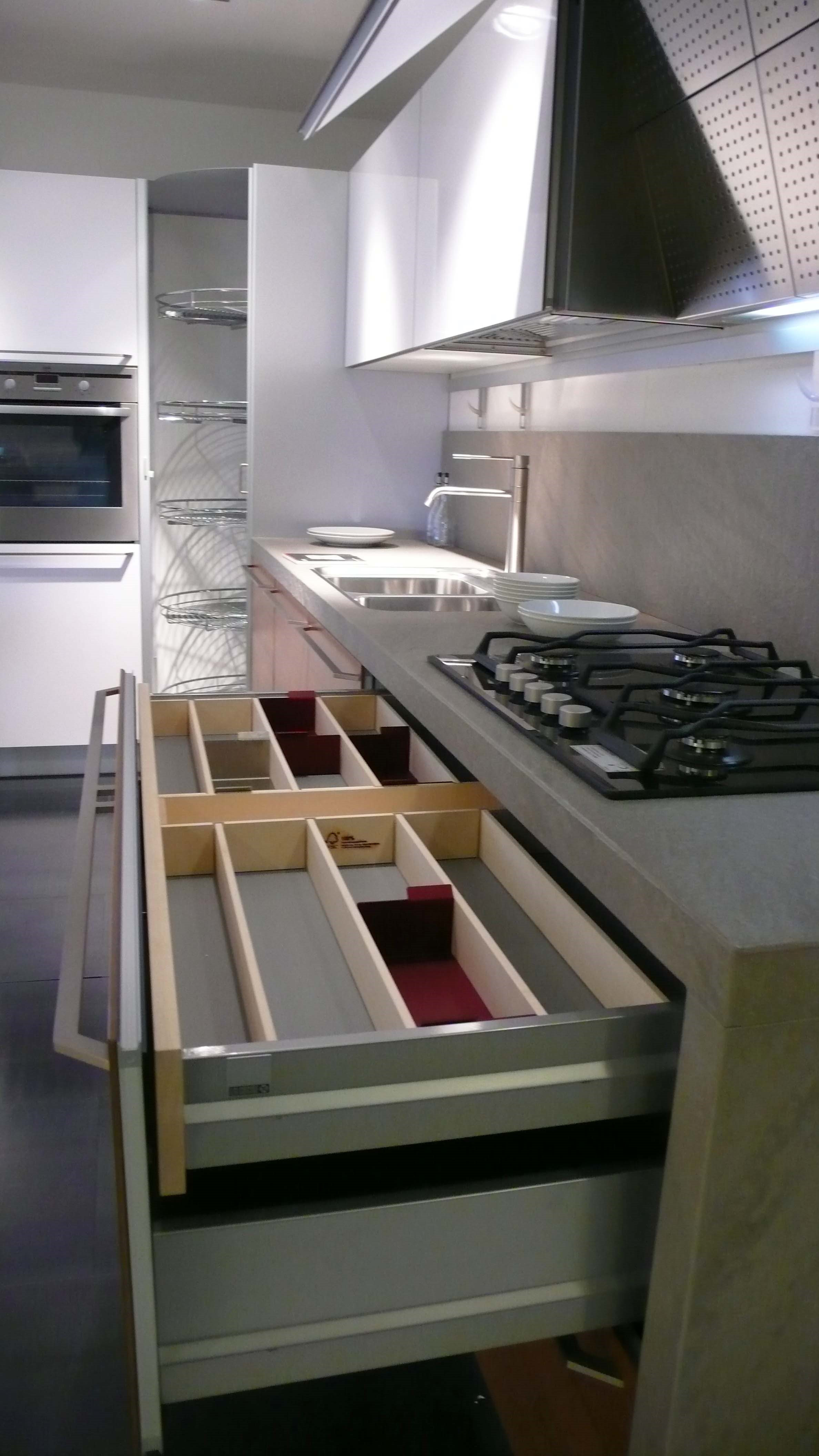 Awesome prezzi cucine valcucine images acrylicgiftware - Cucine valcucine opinioni ...