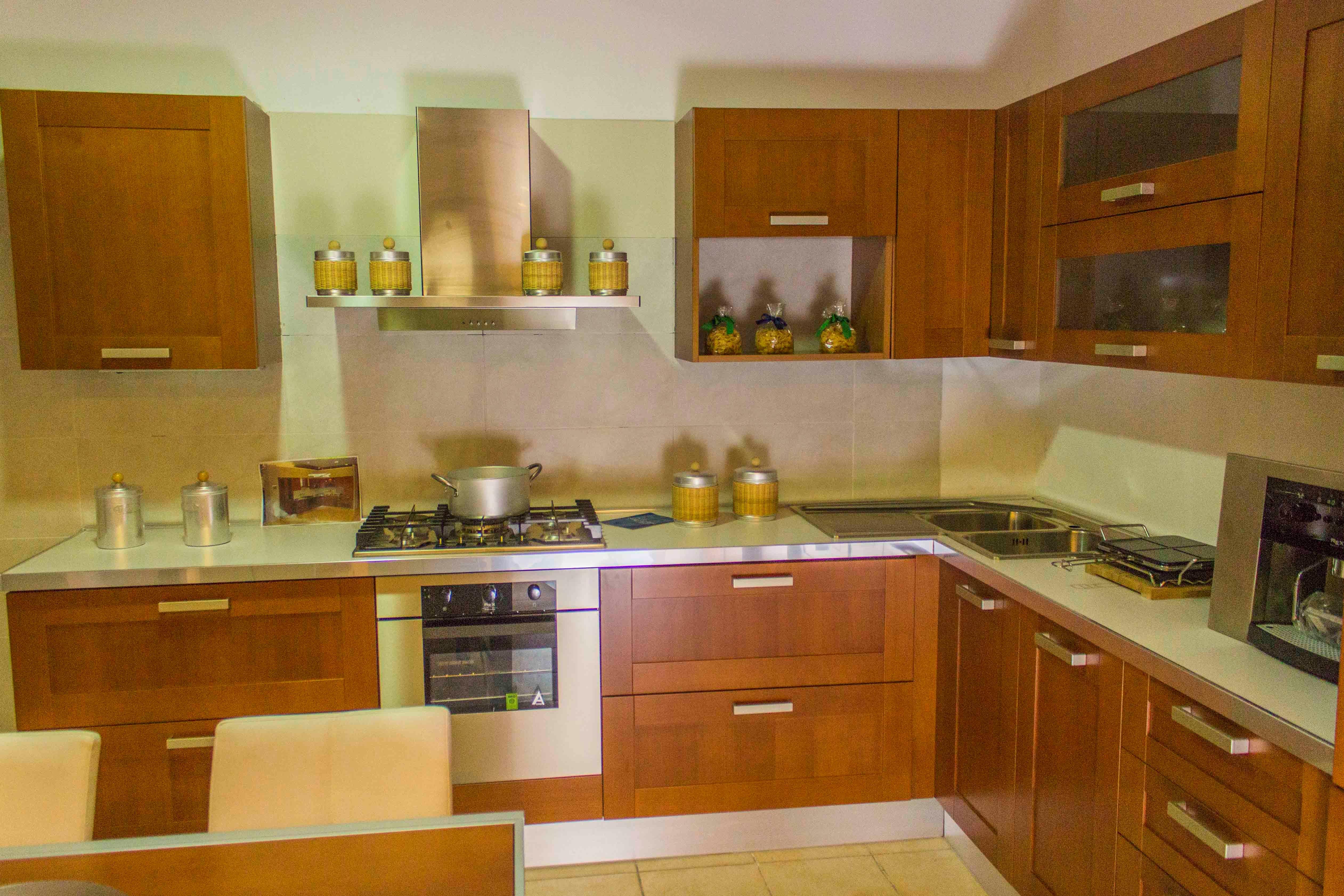 Veneta cucine cucina california colore ciliegio scontato - Cucine in ciliegio moderne ...