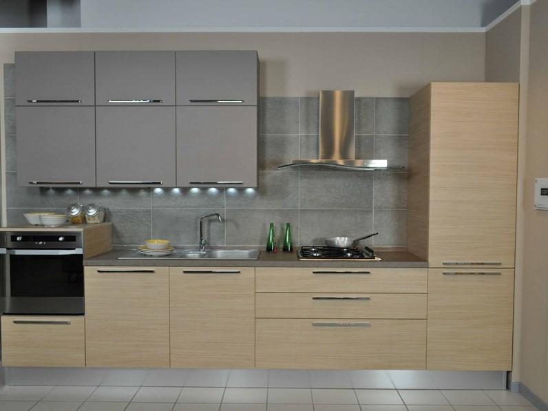 Veneta Cucine Catalogo Prezzi : Veneta cucine modello carrera doghe completa di