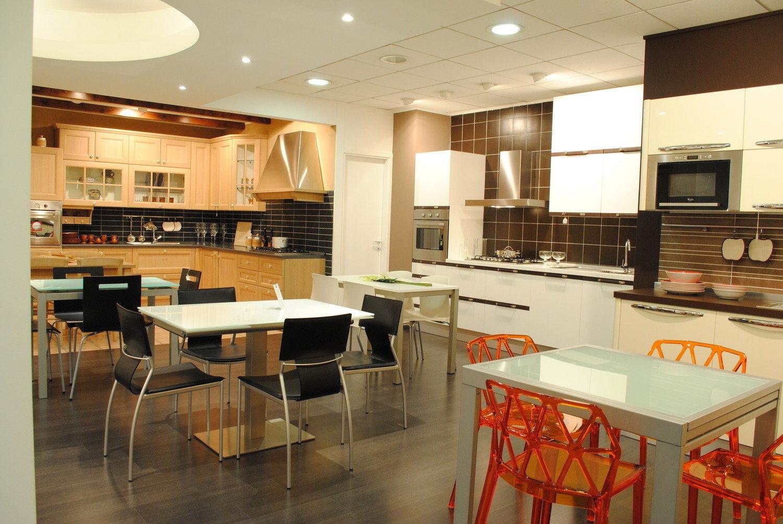 Outlet Cucine Scontate Veneta Cucine Extra Lucida Cucine A Prezzi #BA3B0D 1500 1004 Open Space Con Sala Da Pranzo