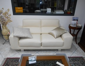 Coppia divani in pelle beige con sedute allungabili Klaus Bontempi divani