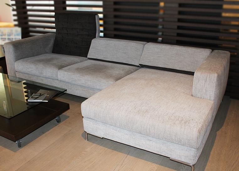 Divano con chaise longue modello egadi di arketipo scontato del 60 divani a prezzi scontati - Divano con chaise longue ...