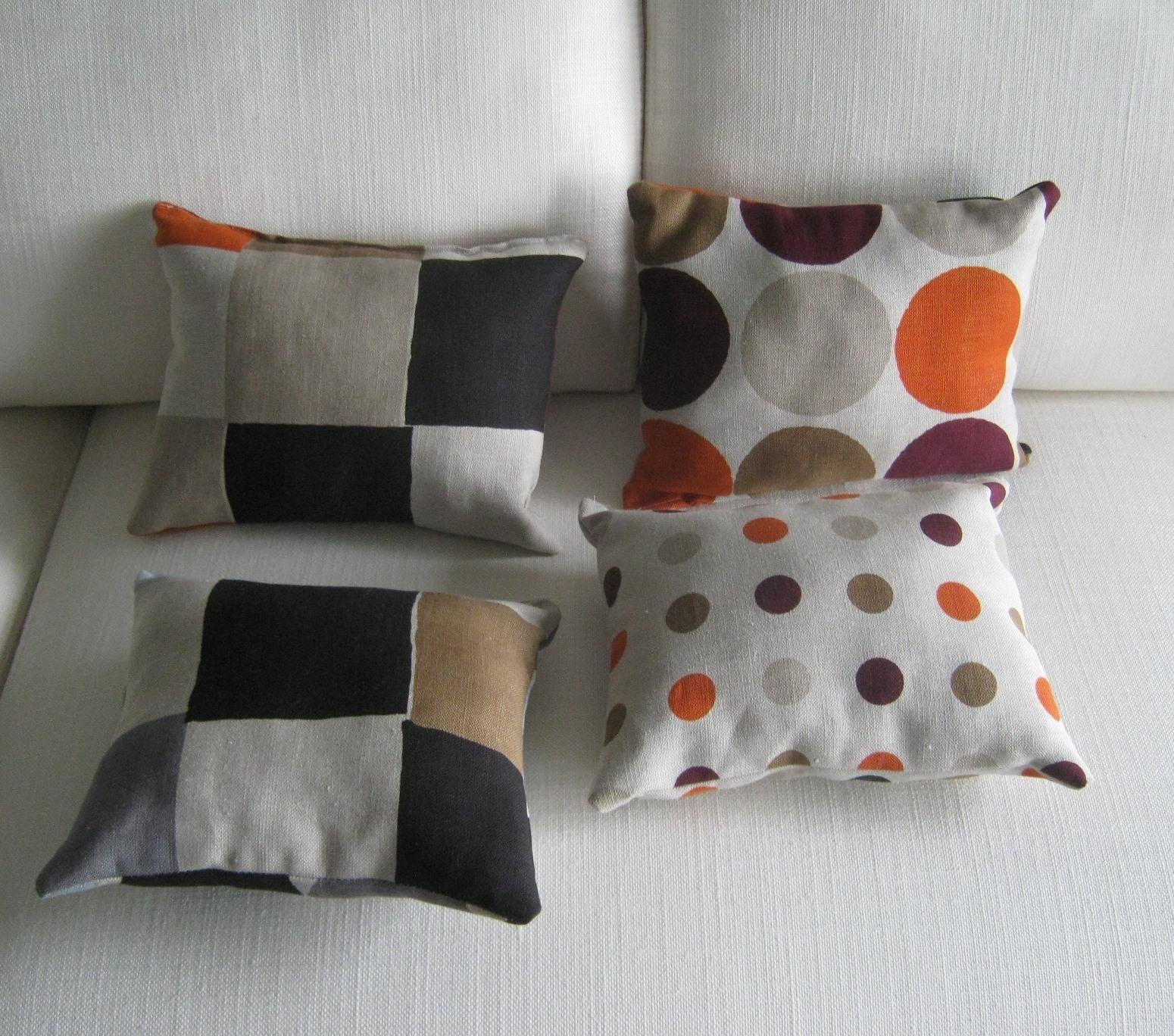 Divano b b cuscini per divano b b italia divani divani a for Cuscini moderni per divano