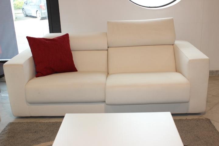 Busnelli divano ugo scontato del 58 divani a prezzi - Divano profondita 75 ...