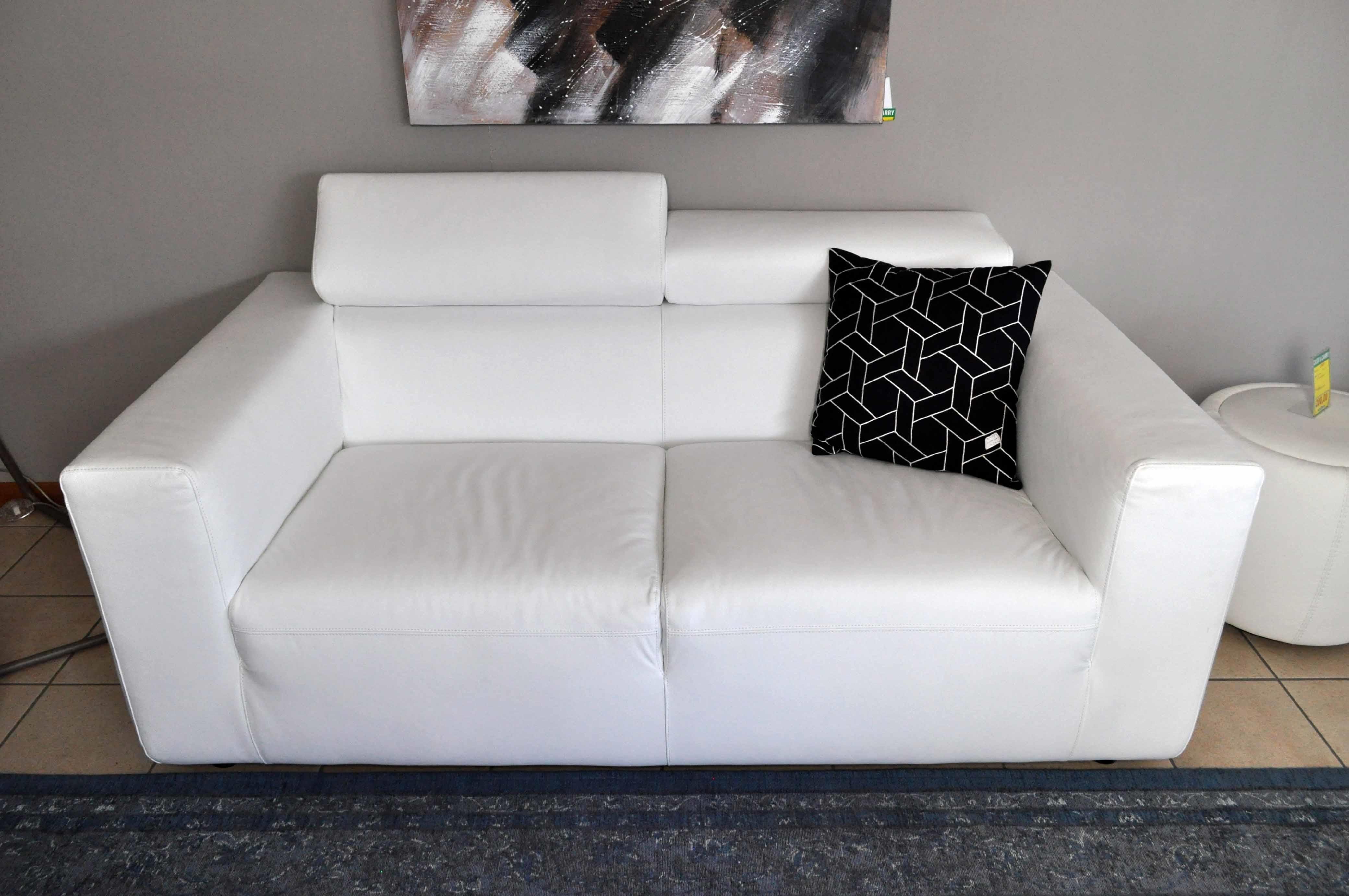 Calligaris divano upgrade in vera pelle bianco sottocosto - Divano bianco in pelle ...
