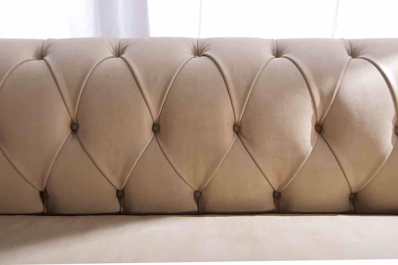 G v salotti divano chester scontato del 40 divani a - Mobili rivestiti in pelle ...