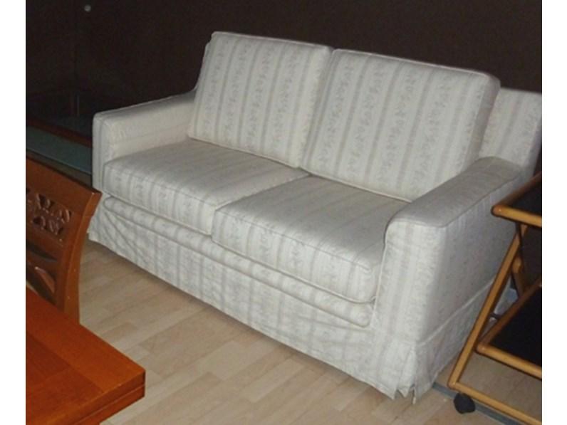 Coppia divani bianchi scontati