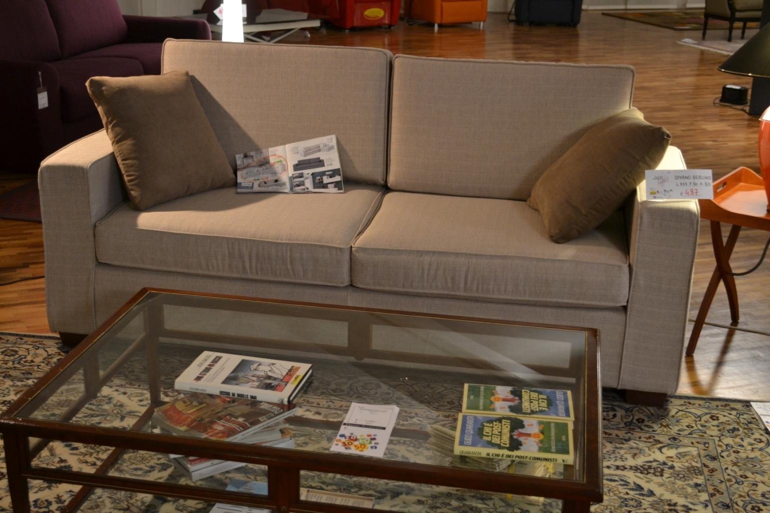 Coppia divani la casa moderna divani a prezzi scontati for Casa moderna prezzi