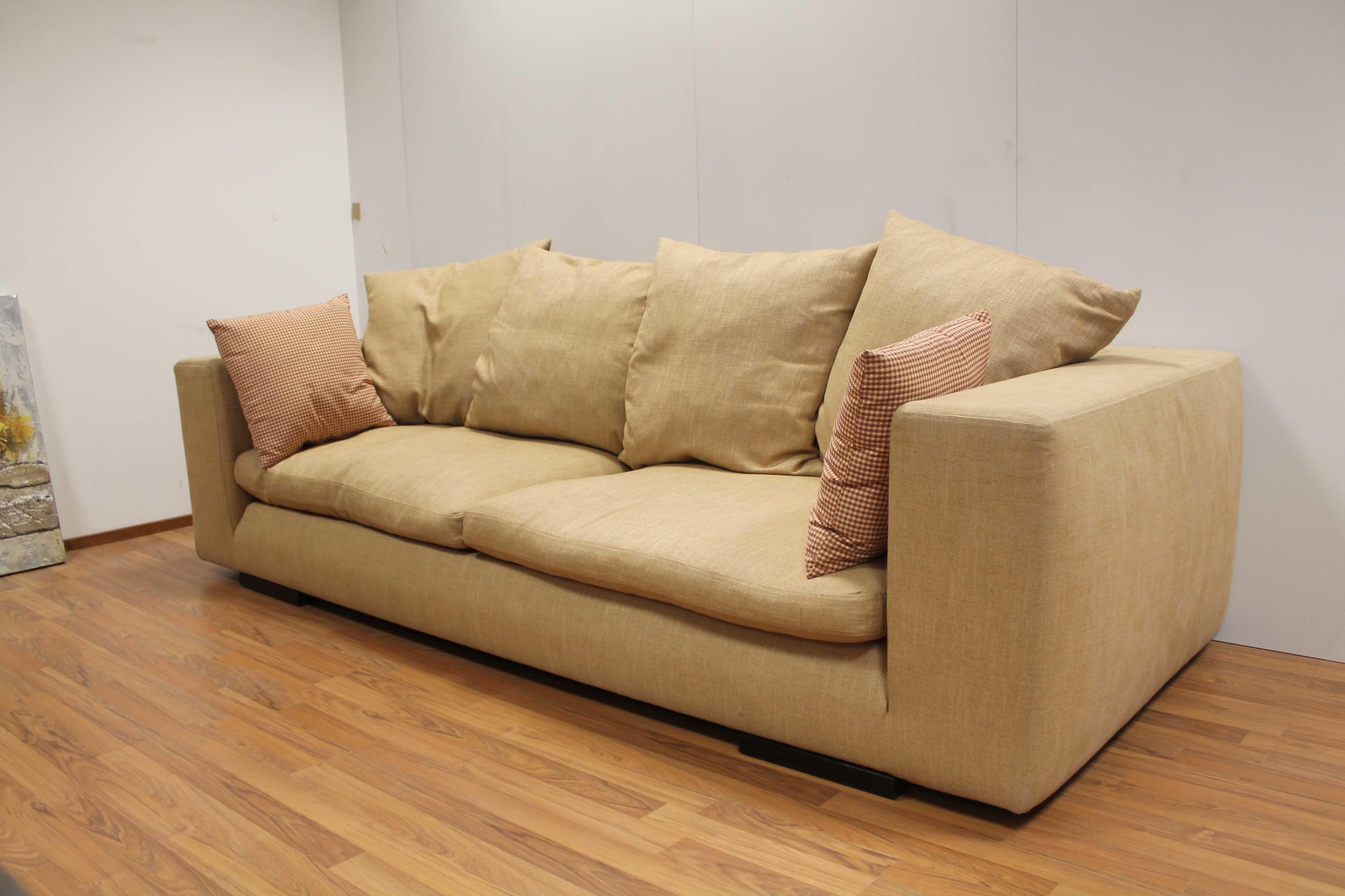 Desir e divano norton scontato del 54 divani a prezzi for Divano desiree