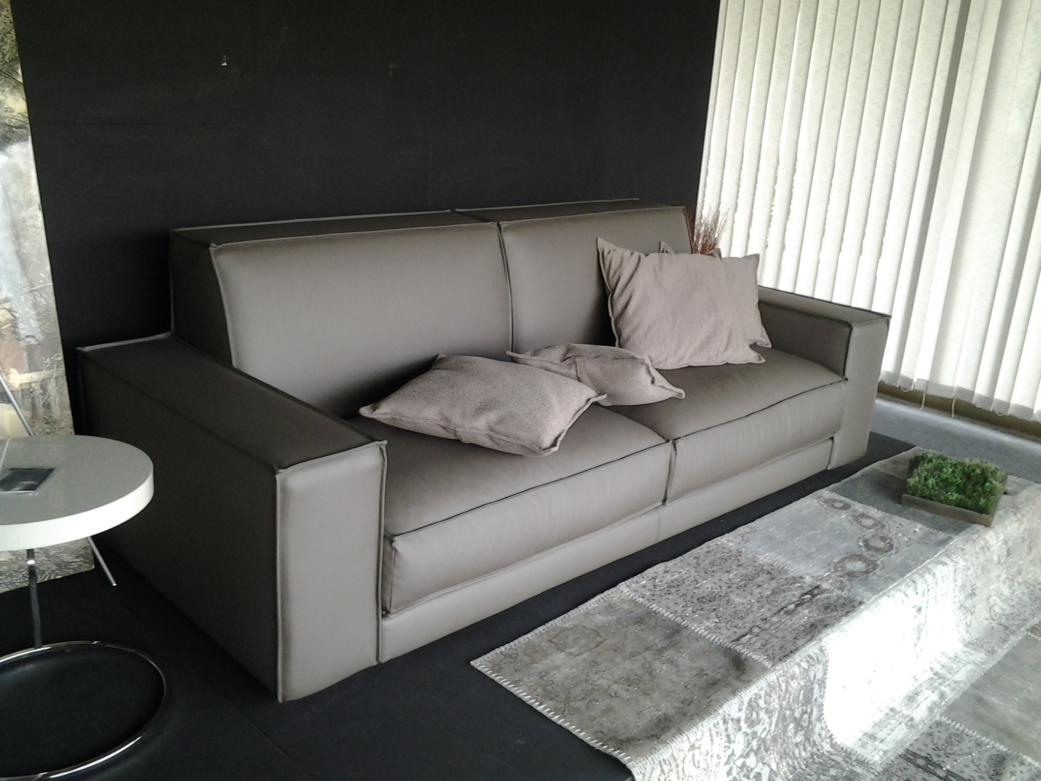 Ditre italia divano buble 39 divani lineari ecopelle divano - Divano 3 posti divano 2 posti ...