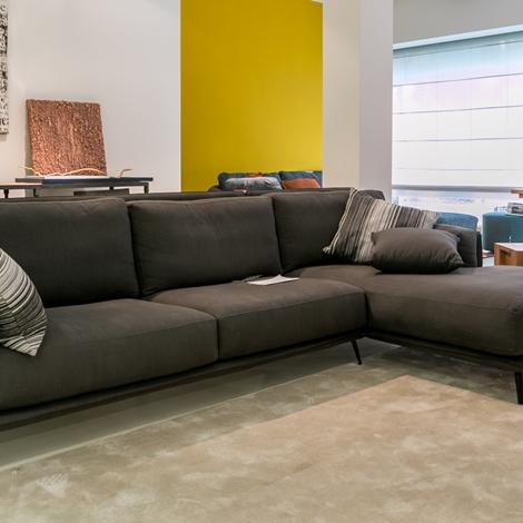 Ditr italia divano kris scontato del 50 divani a prezzi scontati - Divano del sesso ...
