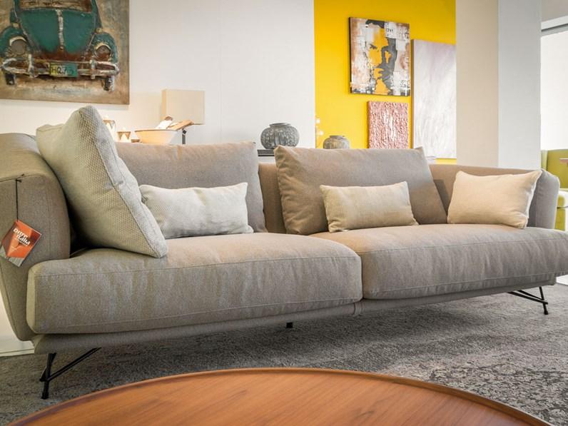 Ditre italia divano lennox lineare scontato del 35 for Mondini arredamenti