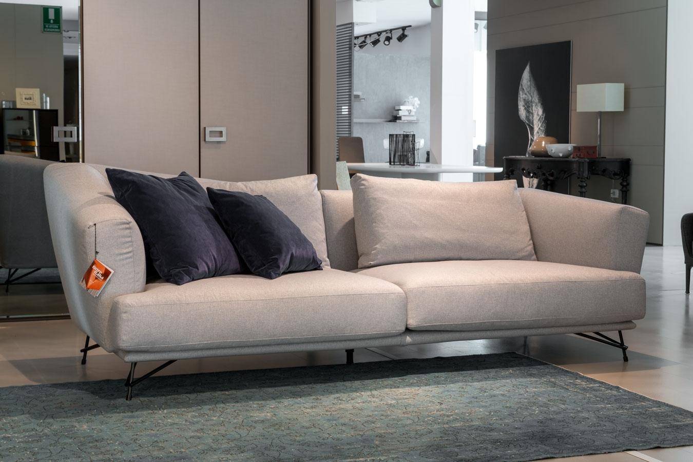 Divani Poliform Offerta : Ditre italia divano lennox sconto divani a prezzi