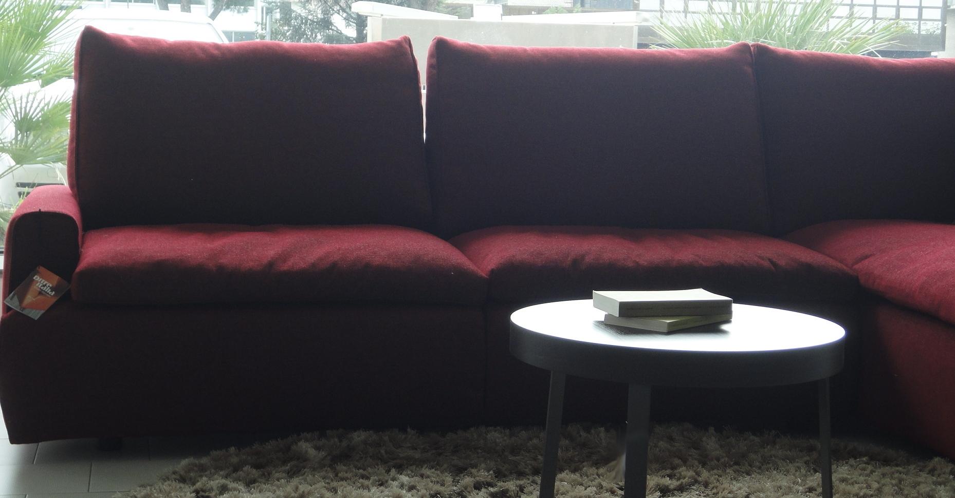 Ditre italia divano eclectic scontato del 55 divani for Mopar arredamenti