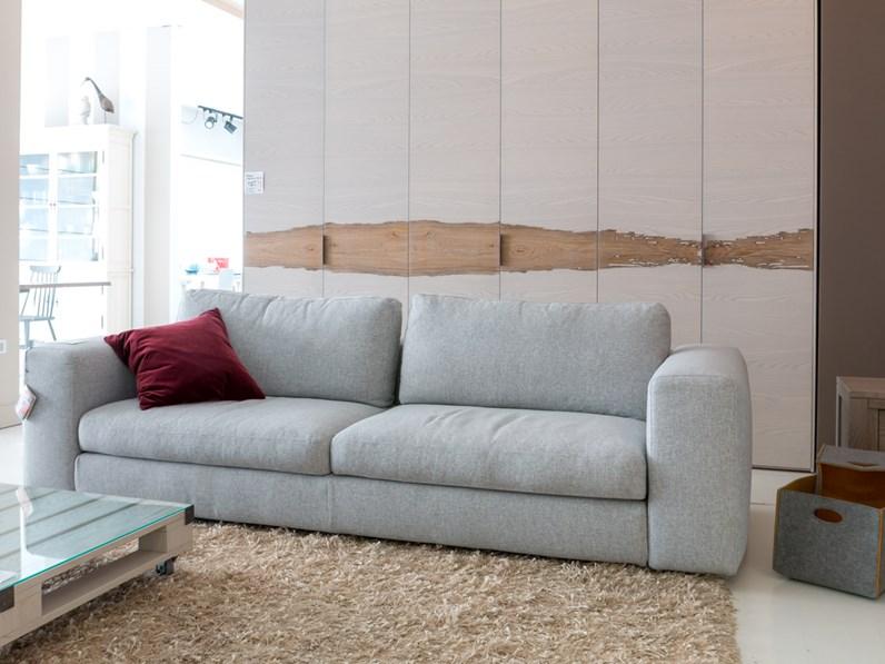 Ditre italia divano urban lineare scontato del 40 for Divani ditre