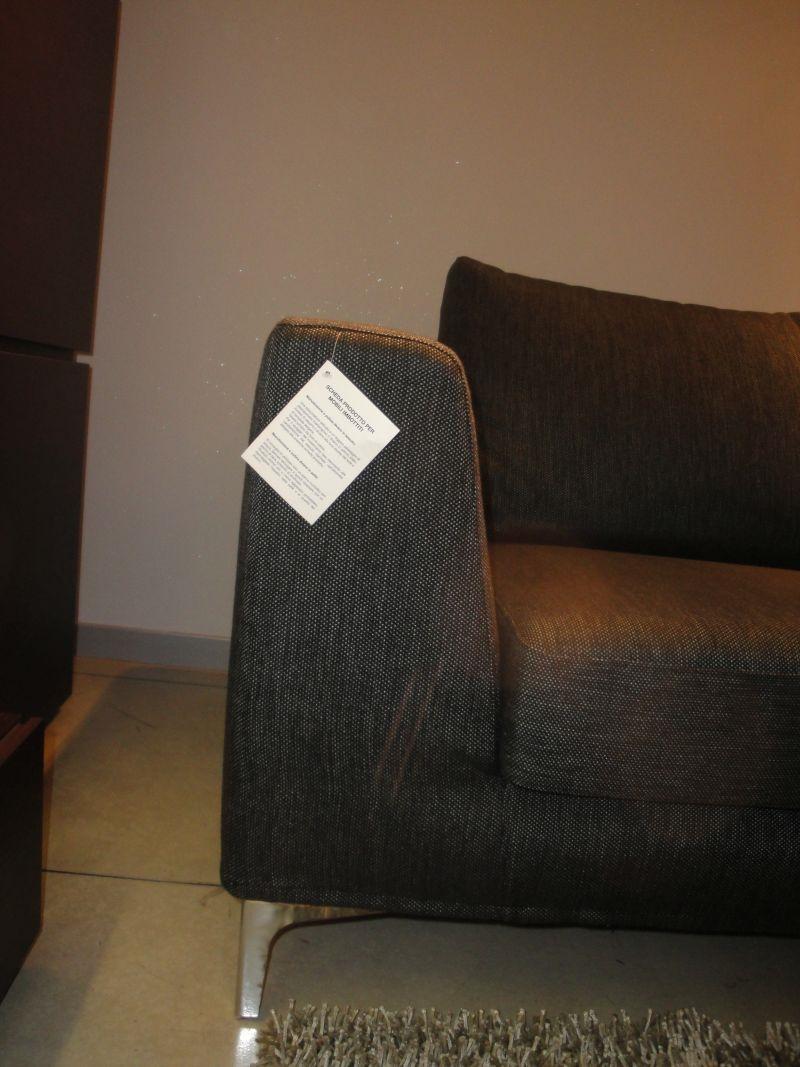 Divani con penisola in tessuto sfoderabili divani a for Divani tessuto