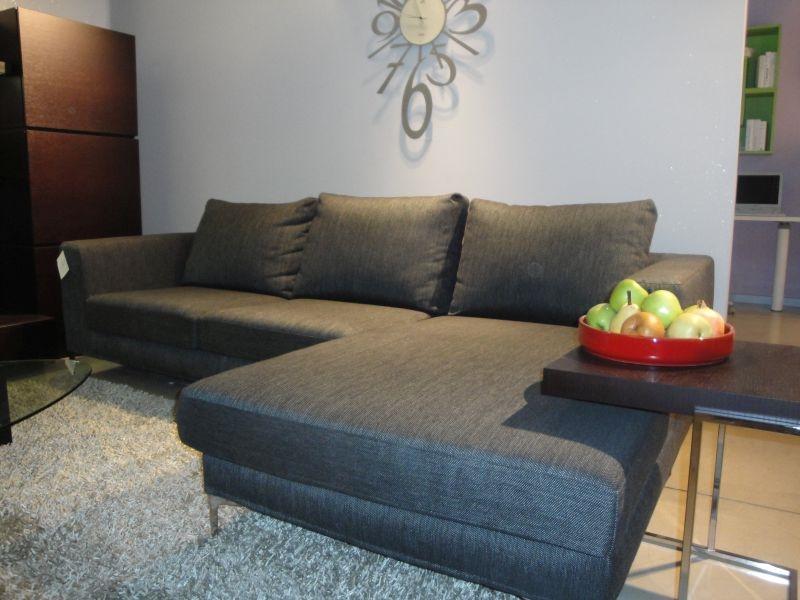 Divani con penisola in tessuto sfoderabili divani a for Le comfort divani