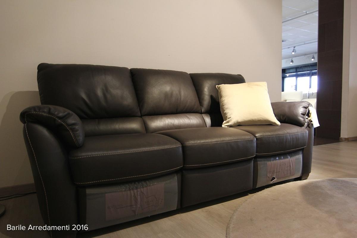 Divani divani by natuzzi divano antares pelle scontato - Divano klaus prezzo ...