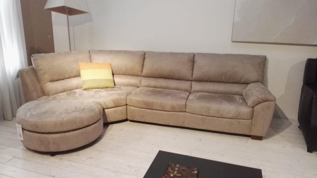 Divani divani by natuzzi divano klaus scontato del 31 - Divano klaus prezzo ...
