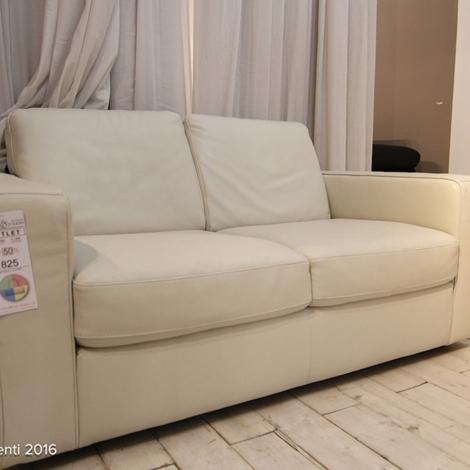 Filmporn italiano video ragazza amatoriale giochi di coppia - Sesso sfrenato sul divano ...