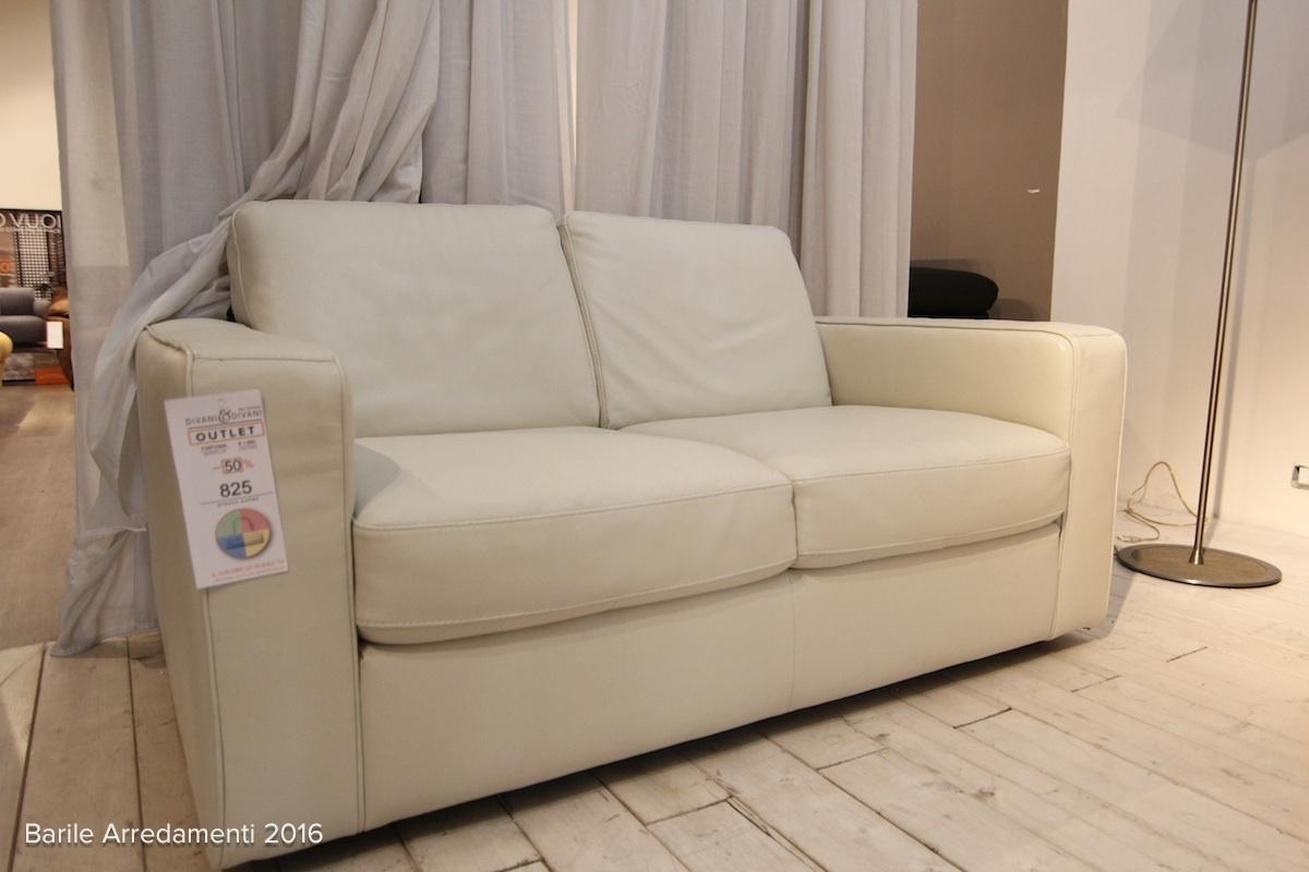 Divani divani by natuzzi divano mod fantasia pelle for Divano letto in pelle prezzi