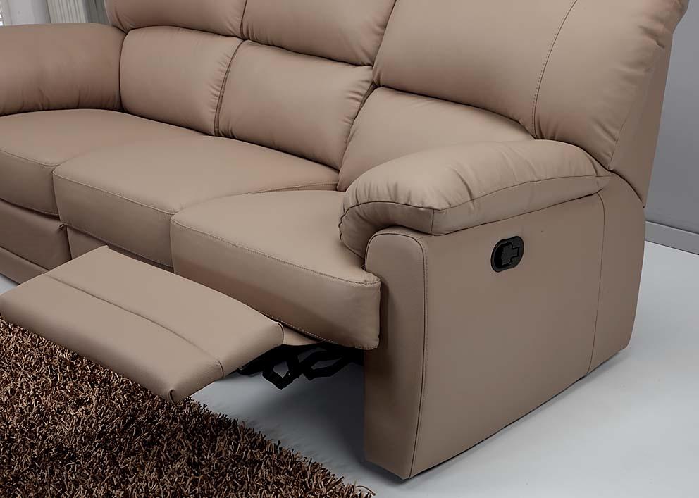 Divano modello alaska scontato del 50 divani a prezzi for Divani e divani poltrone relax prezzi