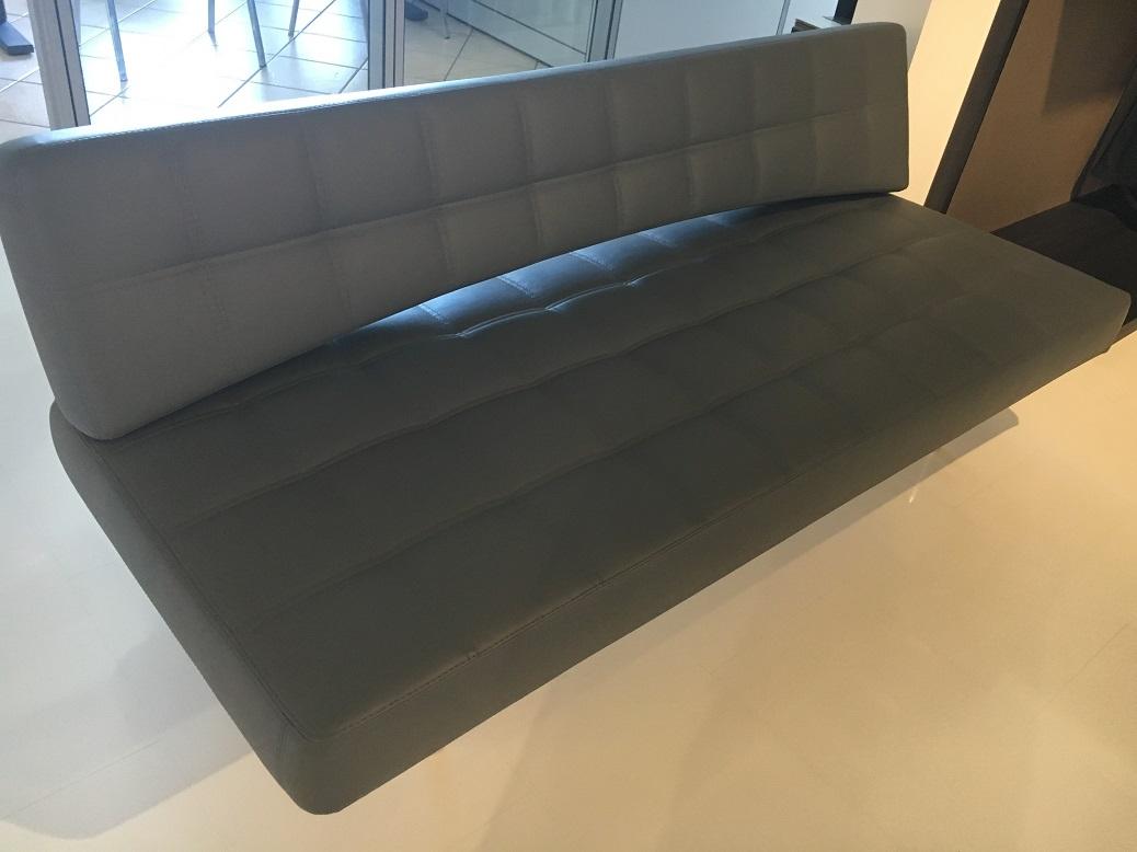 Divani letto basso costo roma : divani letto angolari vendita on ...